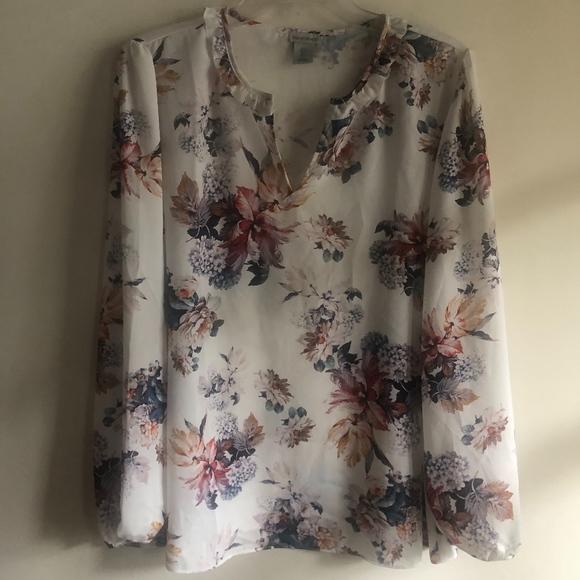 Paraphrase Tops - Paraphrase floral blouse